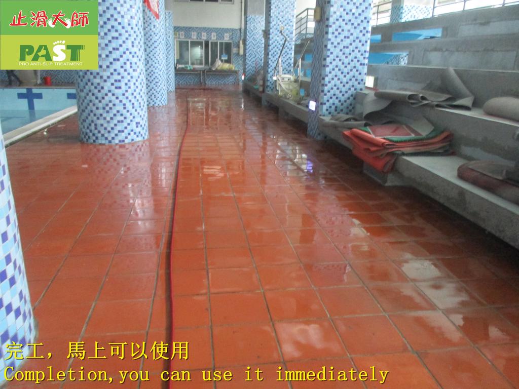 1854 學校-室內-游泳池池畔-紅磚地面止滑防滑施工工程 - 相片:1854 學校-室內-游泳池池畔-紅磚地面止滑防滑施工工程 - 相片 (33).JPG