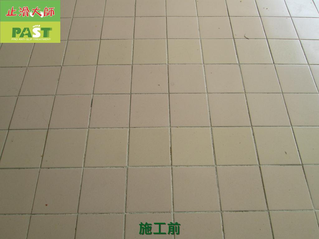 1019 學校走廊、廁所-高硬度磁磚、抿石地面止滑防滑施工工程:學校走廊、廁所-高硬度磁磚、抿石地面止滑防滑施工工程 (4).JPG