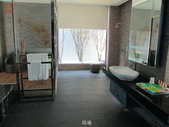 台中市汽車旅館馬賽克磁磚游泳池止滑施工:4現場 -止滑大師-止滑劑防滑劑止滑防滑施工