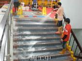 威尼斯游泳池-地面止滑防滑施工:8施工中4-止滑大師Anti- slit Pro創業加盟連鎖止滑液防滑劑止滑防滑專業施工地坪瓷磚浴室防滑止滑