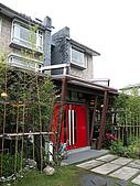 宜花揭幕-4:餐廳紅門