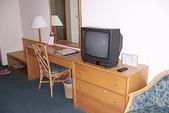 東部住宿飯店:美侖大飯店-三人房電視櫃