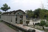 高雄縣旅遊:旗山武德殿 -側拍一景