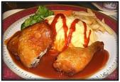 高雄市美食名產:夢時代高雄空廚-紐奧良烤雞腿蛋包飯