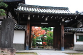 2013-11-28 關西賞楓 Day 3 東福寺:04 往東福寺路上-01.JPG
