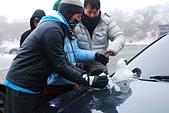 2014-02-15 武陵農場露營、合歡山賞雪:12 堆雪人-01.JPG