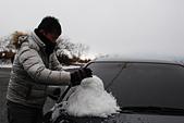 2014-02-15 武陵農場露營、合歡山賞雪:12 堆雪人-02.JPG