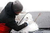 2014-02-15 武陵農場露營、合歡山賞雪:12 堆雪人-03.JPG