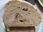 糙米核桃麵包:DSCF5923.jpg