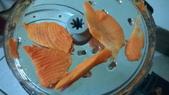飛利浦 廚神料理機 HR7629 廚神機:如果是比較多汁的紅蘿蔔就像本圖這樣的很好刨,但還是會有刨不到的剩下