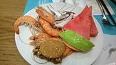 台中 饗食天堂 平日午餐:軟絲不錯,西瓜普普,堅果餅乾不錯,花生糖好吃