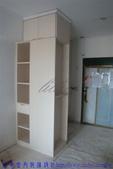 鍾公館電梯華廈舊屋翻新:玄關收納櫃裝修