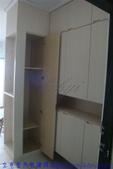 鍾公館電梯華廈舊屋翻新:玄關衣櫃裝修