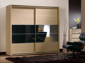 GL-607:607-10 7尺衣櫥.jpg