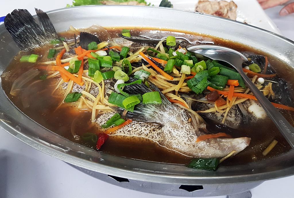 08清蒸鱸魚.jpg - 竹南漁泉海鮮料理