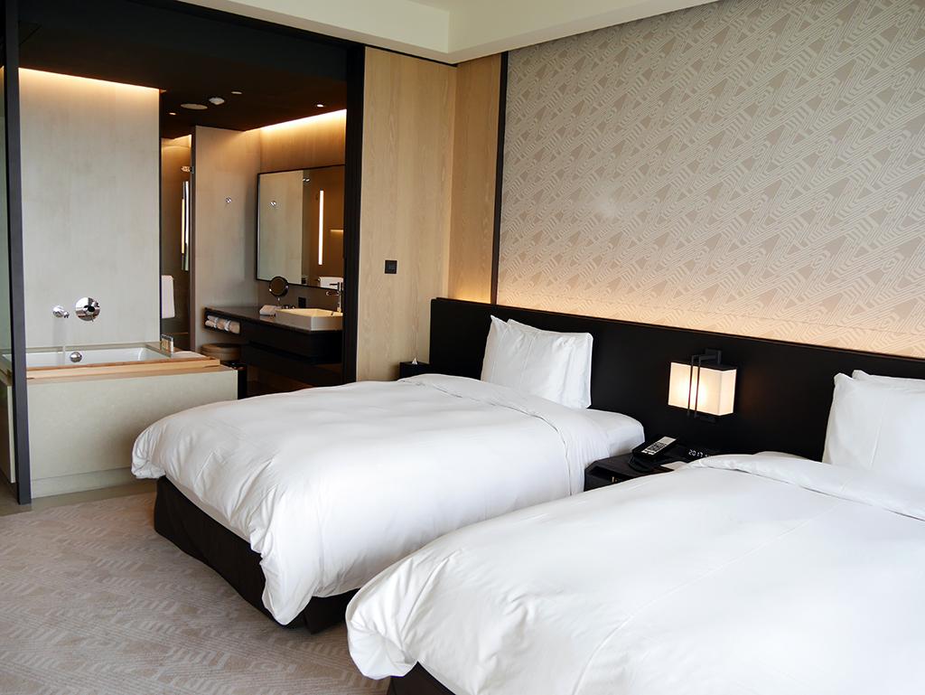 台南大員皇冠假日酒店:斯林百蘭(Slumberland)的名床寢具