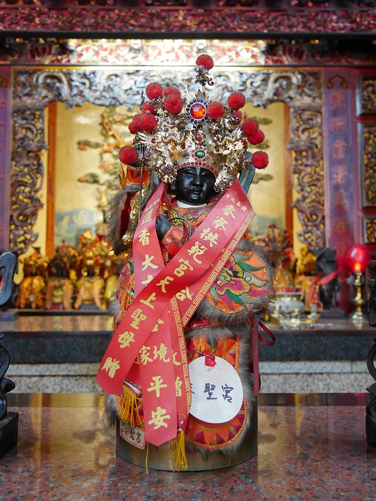 14主龕前神桌太子.jpg - 南投水里天聖宮