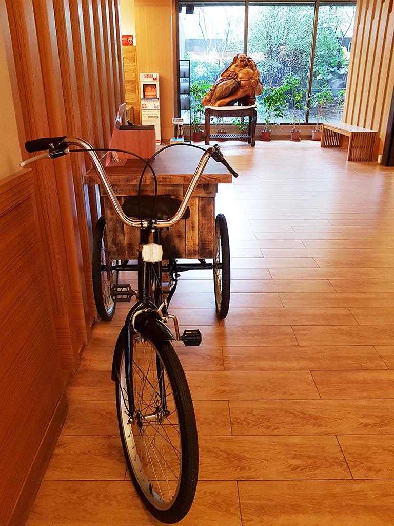 26大廳腳踏車.jpg - 礁溪鳳凰德陽川泉旅