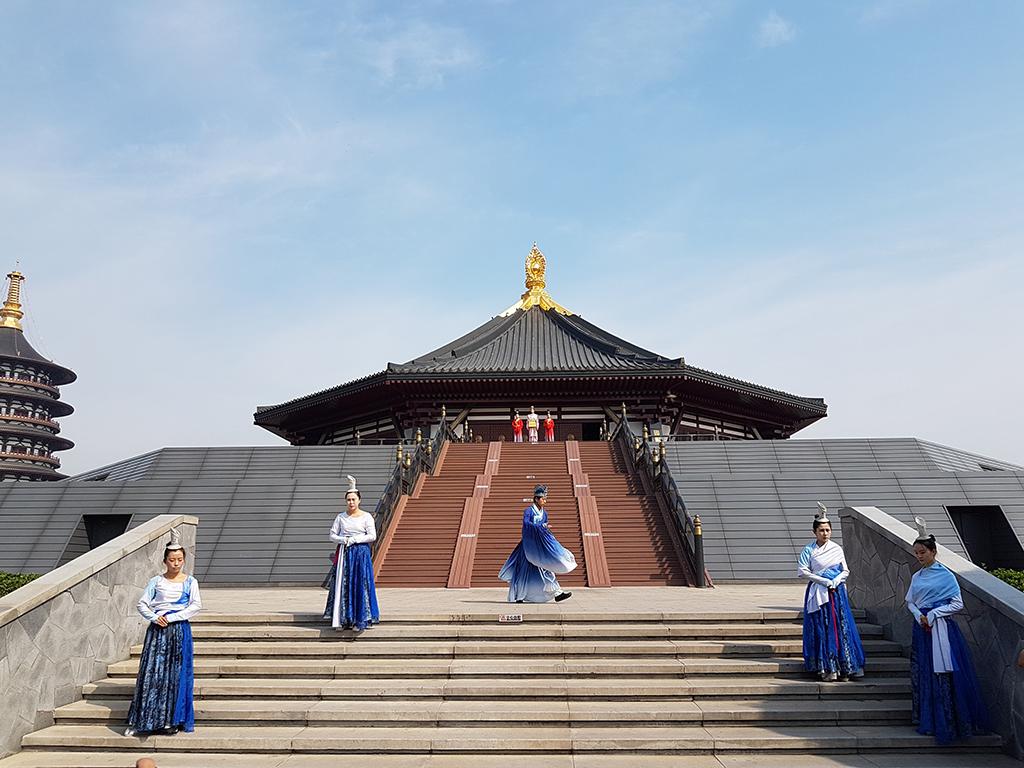 01洛陽明堂.jpg - 隋唐洛陽城國家考古遺址公園