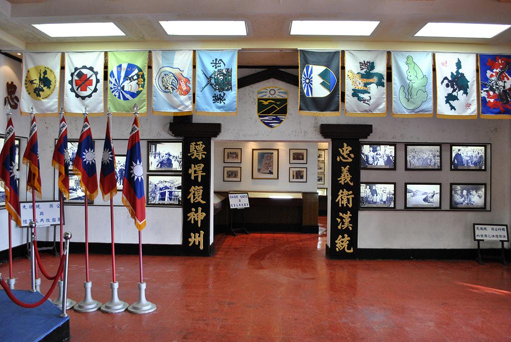 05大廳右側.jpg - 馬祖東引指揮部隊史館
