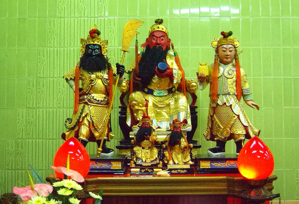 16右二關聖帝君.jpg - 台灣省城隍廟