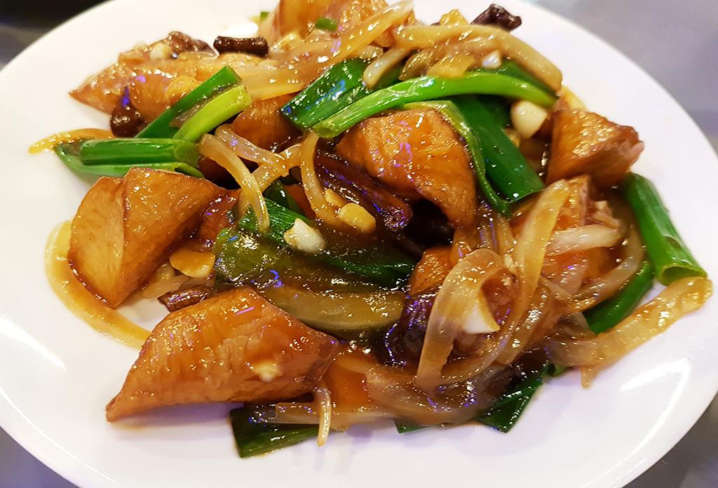西門町馬林漁生猛海鮮100專賣店:14茄腸煲.jpg