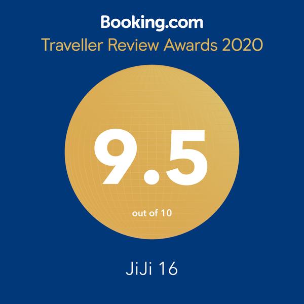 行銷:Booking_Guest Review Awards_2019_social_media.png