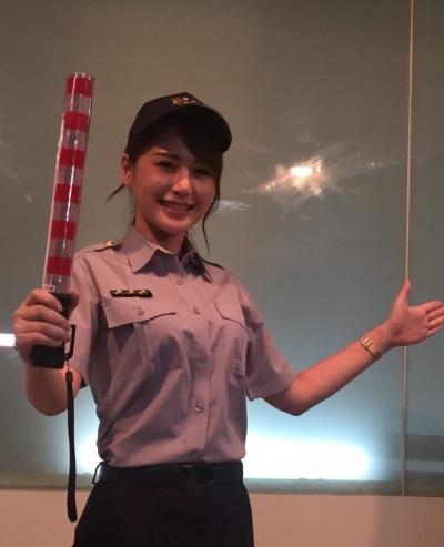 「女模陳樂樂」新片女警怎麼了酒駕篇開拍演出