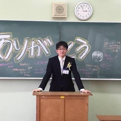 「日本數學老師」爆兼差拍AV男優,白天教數學晚上健康教育