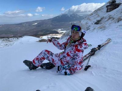 「廖家儀慘摔」滑雪一路滾下山,斷2條韌帶!