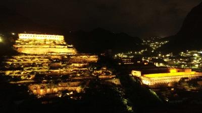 「十三層遺址點燈」上萬民眾驚呼:有希臘神殿的fu