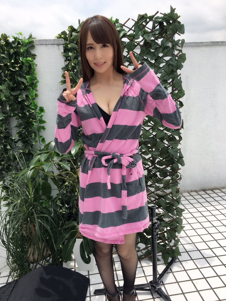 「希崎 潔西卡」正妹美女圖庫10P