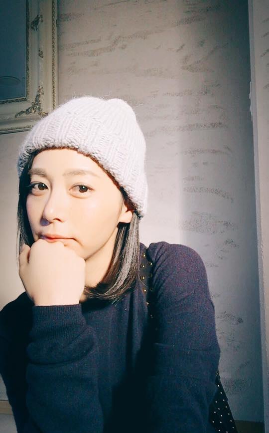 「穂花」正妹美女圖庫10P