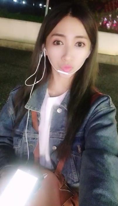 「台版馮提莫」美女主播舒喬戶外直播唱歌