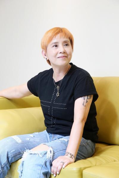 「李明依罹甲狀腺癌」已切除惡性瘤出院