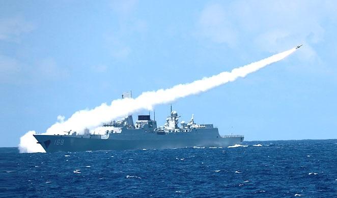 「三大艦隊南海演習」海軍實彈對抗,上百艘戰艦