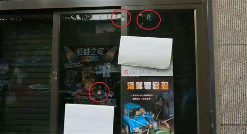 「酸民大鬧高雄」連千毅被掃到颱風尾,網灌:刷整排警車!