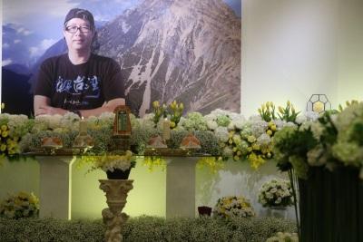 「齊柏林告別式」兒子:我爸爸墜機變成焦屍也是上天的意思嗎?