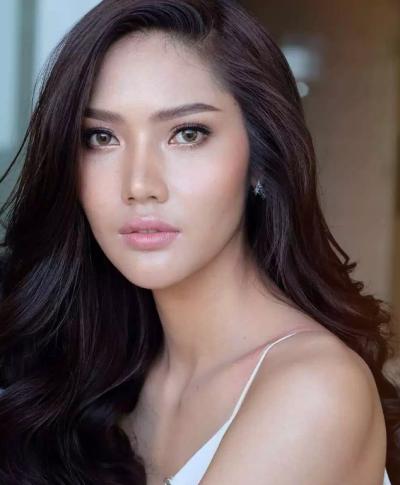 「泰國小姐選美」183公分加上超高顏值的她原來是英文老師