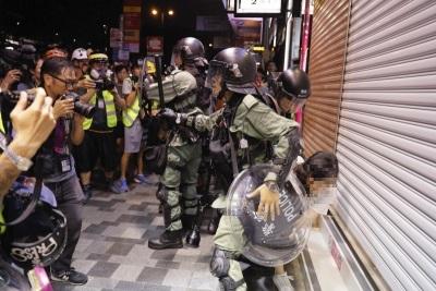 「少女遭輪姦墮胎」香港荃灣警署,年齡未滿16歲急診室醫生今證實