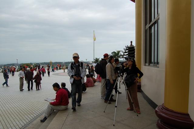 天元宮賞櫻半日遊:這些都是專門來拍櫻花的高手