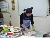 五結宜蘭餐飲推廣協會一串心 + 米漢堡 DIY 2011/12/03 :P1020045.JPG