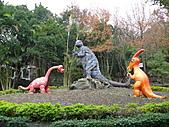 桃園市虎頭山公園整修完成+楓香紅了 2011/01/13:P1110933.JPG