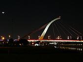 台北市迎風河濱公園夜拍大直橋及基隆河 2010/01/19:P1070049.JPG