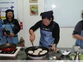 五結宜蘭餐飲推廣協會一串心 + 米漢堡 DIY 2011/12/03 :P1020036.JPG