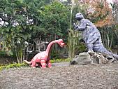 桃園市虎頭山公園整修完成+楓香紅了 2011/01/13:P1110937.JPG