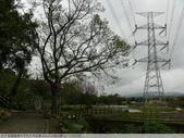桃園龍潭大平村大平紅橋 and 入口伯公廟 2011/02/18:P1010221.JPG