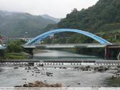 比民國年長了 2歲的坪林舊橋 - 先民智慧, 建構特殊的船型橋敦, 細斜橋柱:P1110140.JPG