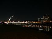 台北市迎風河濱公園夜拍大直橋及基隆河 2010/01/19:P1070052.JPG