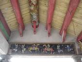 富安宮:富安宮舊廟的圓樑與泥塑1.JPG